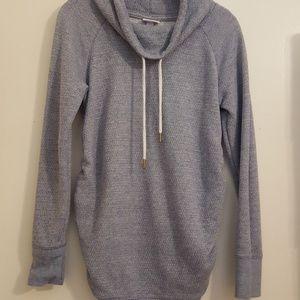 Maternity pullover lightweight sweatshirt